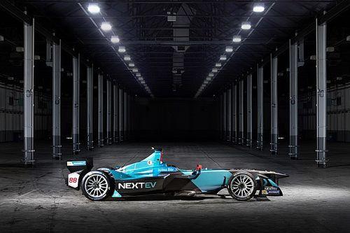 NextEV retains Piquet and Turvey