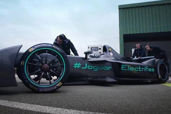 Formula E Video, ecco la Jaguar I-Type 1 per la F.E in movimento!