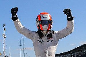 Jones wins after stirring late-race battle