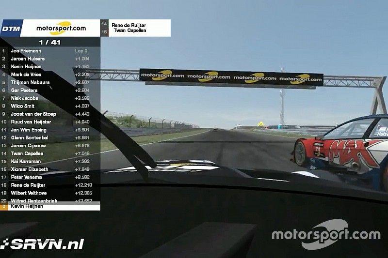 Mark de Vries wint eerste DTM-simrace op Circuit Park Zandvoort