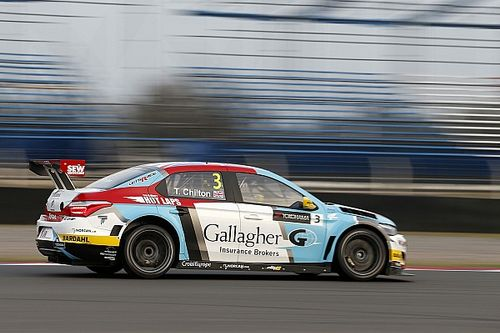 Argentina WTCC: Chilton takes season's first win in Race 1