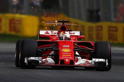 Vettel met toptijd snelste in derde training Melbourne, Verstappen twaalfde