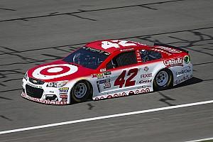 NASCAR Cup Qualifiche Kyle Larson centra la pole a Fontana
