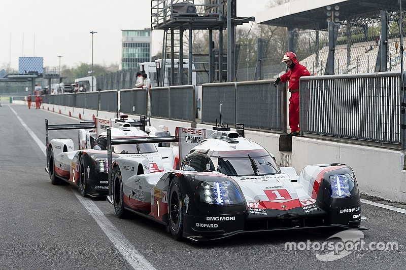 Porsche lidera en la noche del Prólogo del WEC en Monza