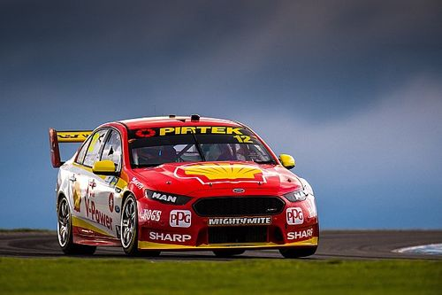 Phillip Island Supercars: Coulthard wins bizarre opening race