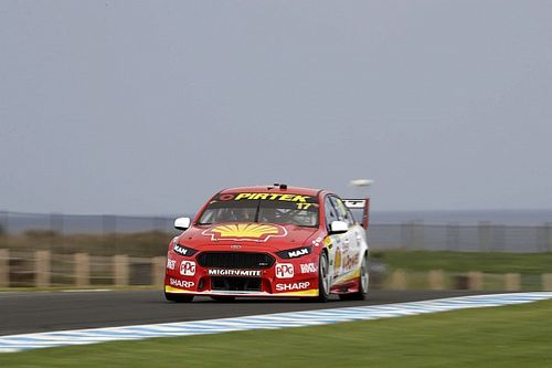 Phillip Island Supercars: McLaughlin charges to Race 1 pole