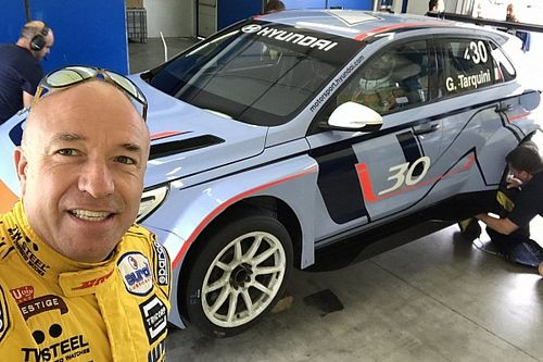 Tom Coronel ha provato la Hyundai i30 N TCR a Vallelunga