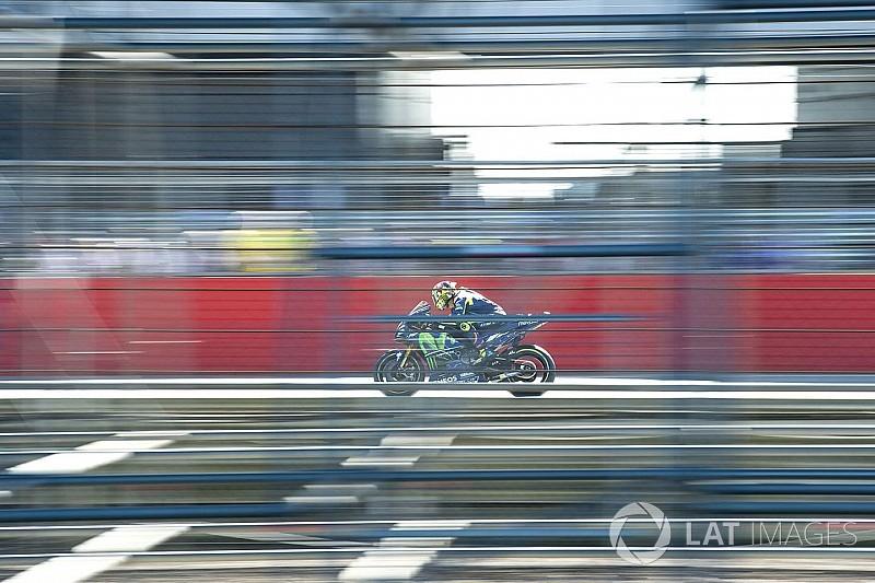 Rossi decidirá este miércoles junto a los médicos si corre en Aragón