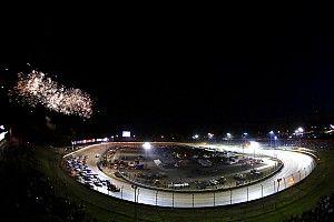Stewart: Fans should pressure NASCAR for Cup race on dirt