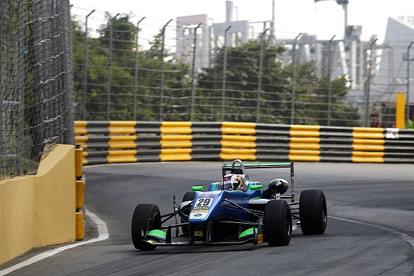 F3 Macau GP: Da Costa grabs provisional pole as crashes mar session
