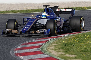 Formula 1 Top List Gallery: Sauber-Ferrari C36 on track in Barcelona