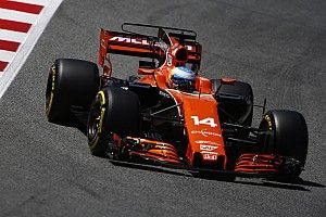"""Alonso: """"Ik wil de Red Bulls pakken bij de start"""""""