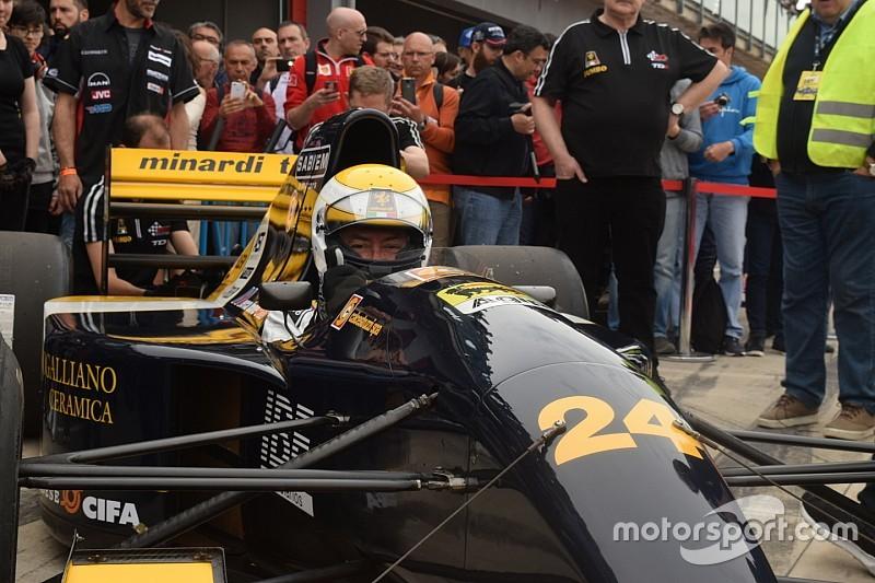 Video Minardi Day: Gian Carlo pronto a guidare la M192 a Imola