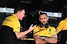 Formula 1 Abiteboul: Her iki aracımıza da puan aldırabiliriz
