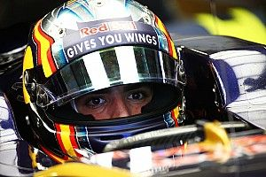 Sainz: Kvyat hold-up to blame for Q2 exit