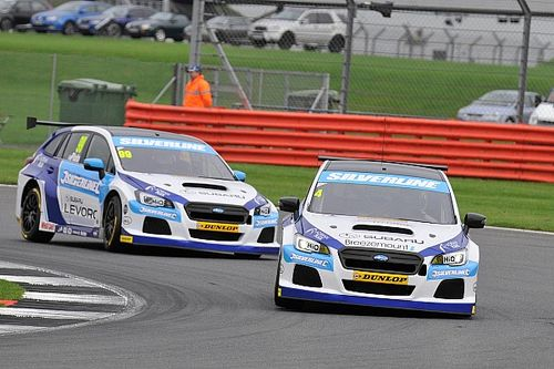 Brands Hatch BTCC: Turkington wins again as title fight continues