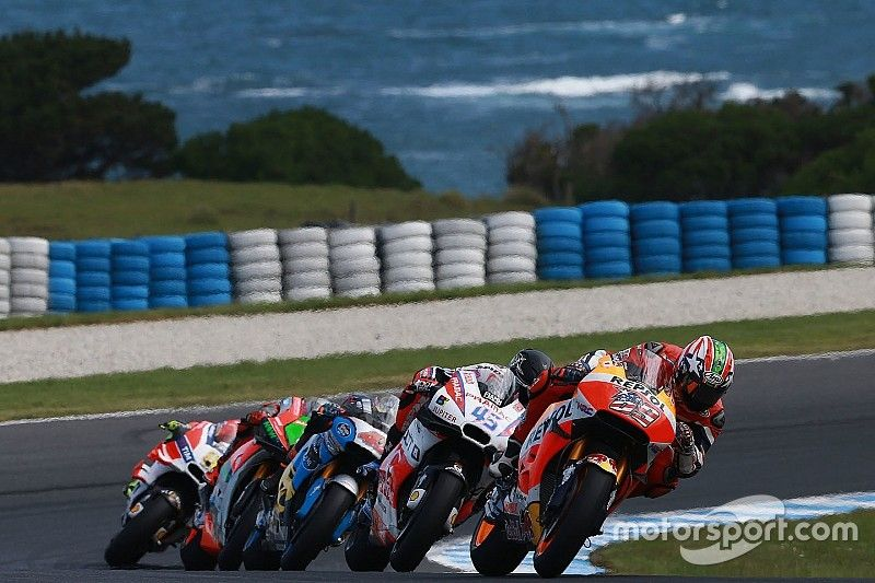 Hayden won't 'give Miller a kiss' after Phillip Island clash