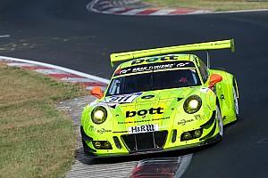 VLN Rennbericht VLN 8: Manthey-Porsche gewinnt mit 3 Zehnteln Vorsprung