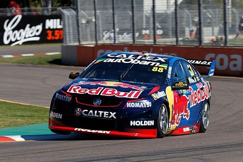 Townsville Supercars: Whincup survives late caution to win