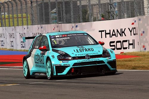 Sochi TCR: Comini takes lights-to-flag win in Race 1
