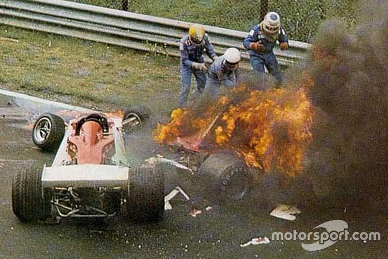 Умер Гай Эдвардс – один из гонщиков, которые вытащили Лауду из огня на «Нордшляйфе»