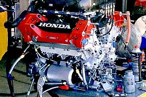 IndyCar could change engine spec in 2019