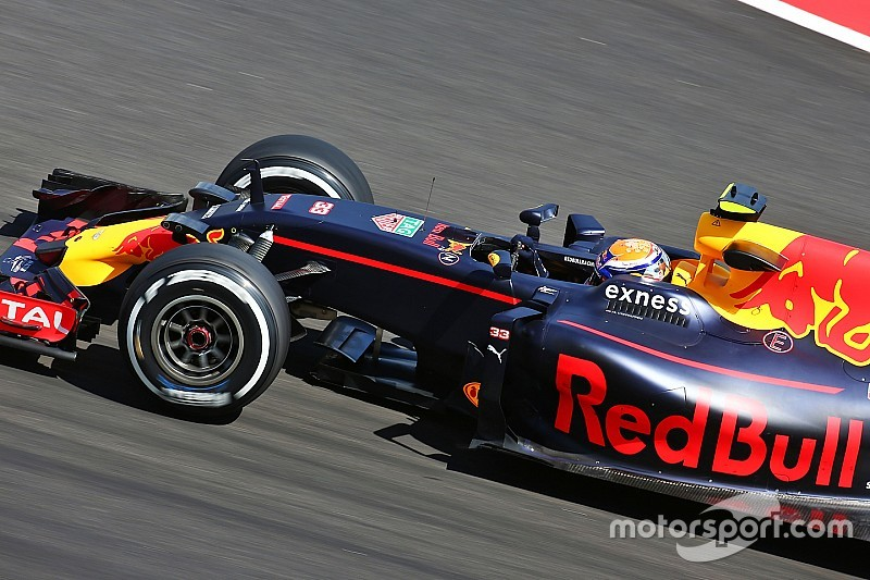 """Verstappen avisa de que Red Bull está """"muy fuerte"""" en tandas largas"""