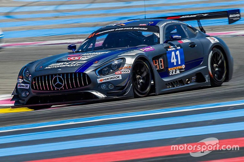 HTP Motorsport Mercedes leads after eventful starting period