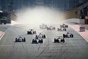 """فورمولا 4 الإماراتية: نانيني وفريقه """"اكسيل موتورسبورت"""" يُتوجّان بلقبَي البطولة"""