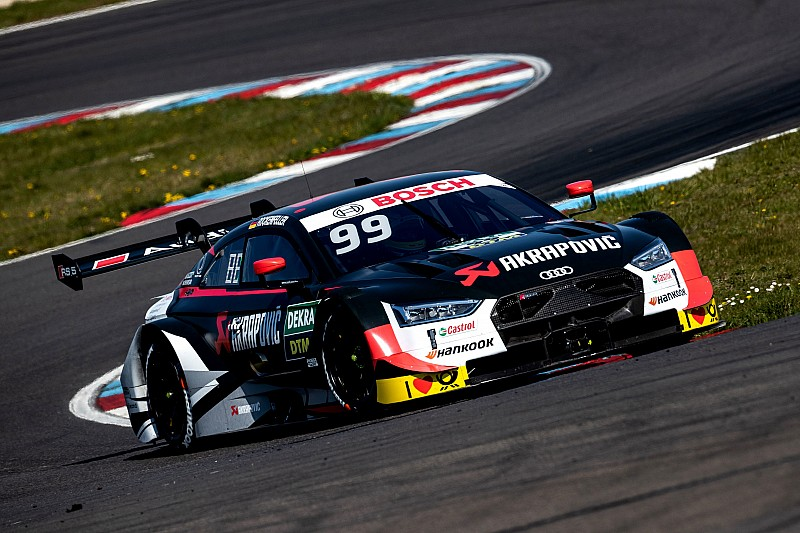 Audi górą na testach DTM