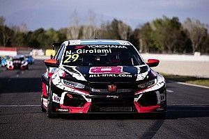 Test WTCR Barcellona, Giorno 2, Ore 12: Honda ancora al comando con Girolami