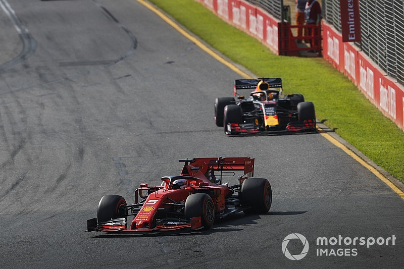 """Binotto overtuigd: """"Dit weekend toont niet de ware kracht van Ferrari"""""""