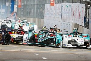 Этап Формулы Е в Гонконге отменен из-за массовых беспорядков