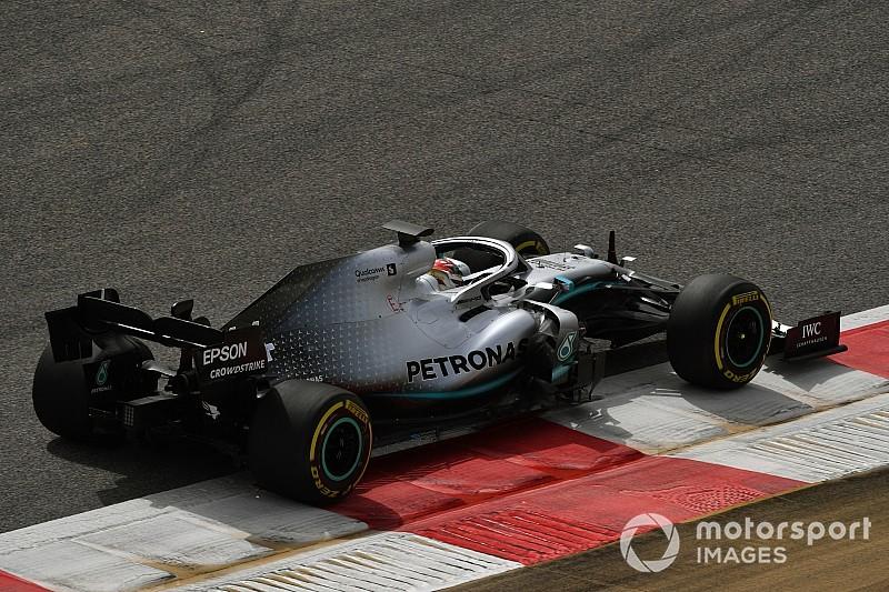 Mercedes verbaast zich over 'ongewone' snelheid van Ferrari
