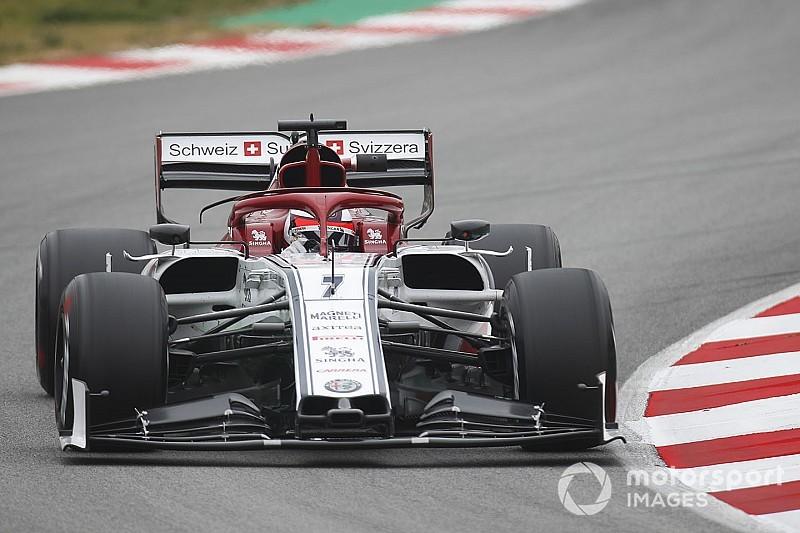 Raikkonen, el más rápido de la sesión matutina en el test de F1 en Barcelona