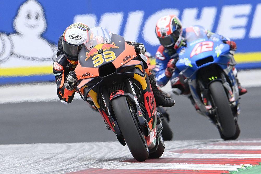 MotoGP: Binder ringrazia la pioggia e regala il GP d'Austria a KTM