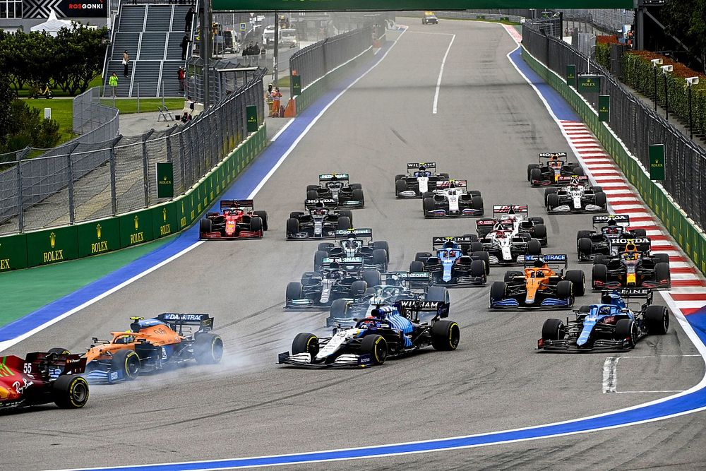 """Alonso : """"Des règles différentes pour des pilotes différents"""""""