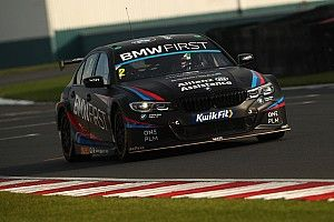 Donington Park BTCC: Turkington dominates for his 60th win