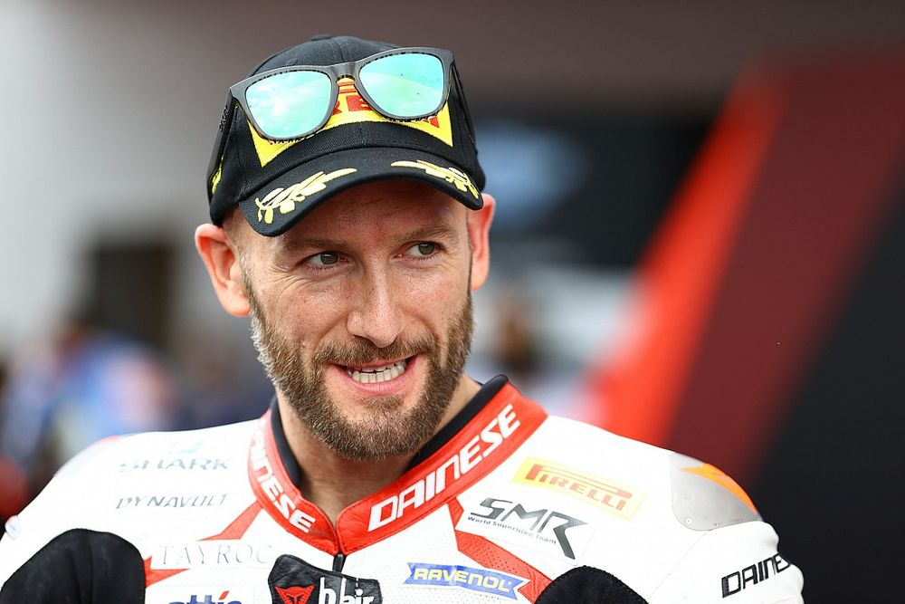 SBK: Sykes out per Jerez, lo sostituisce Laverty