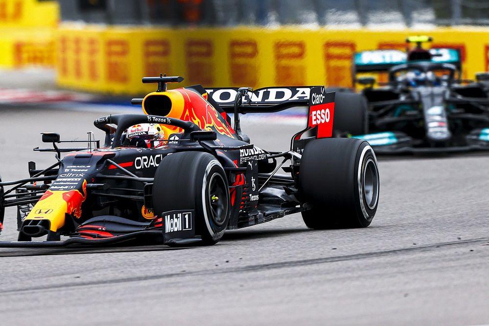 """Horner: """"Noi e Mercedes a pari livello per i prossimi GP"""""""