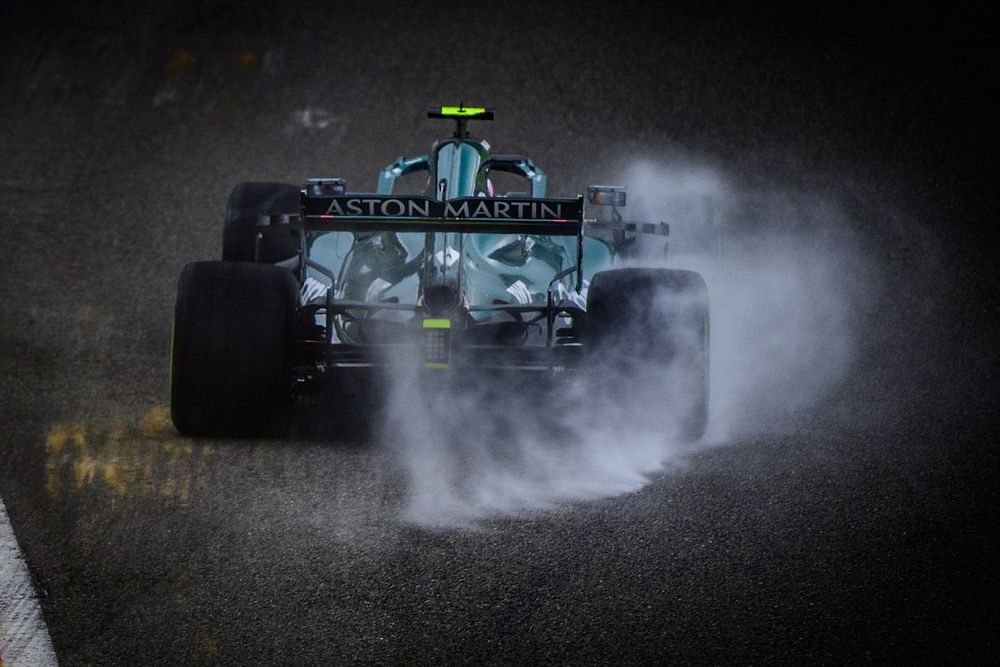 Vettel en Alonso verklaren het slechte zicht in de regen