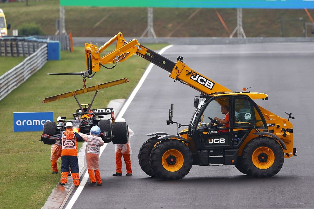 Verstappen and Perez's Honda engines irreparable after crash damage