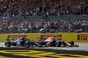 """Villeneuve: """"Hamilton, Verstappen'e bilerek çarpmadı"""""""