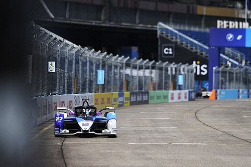 Berlin E-Prix: Dennis pips Mortara in tightly-bunched FP1