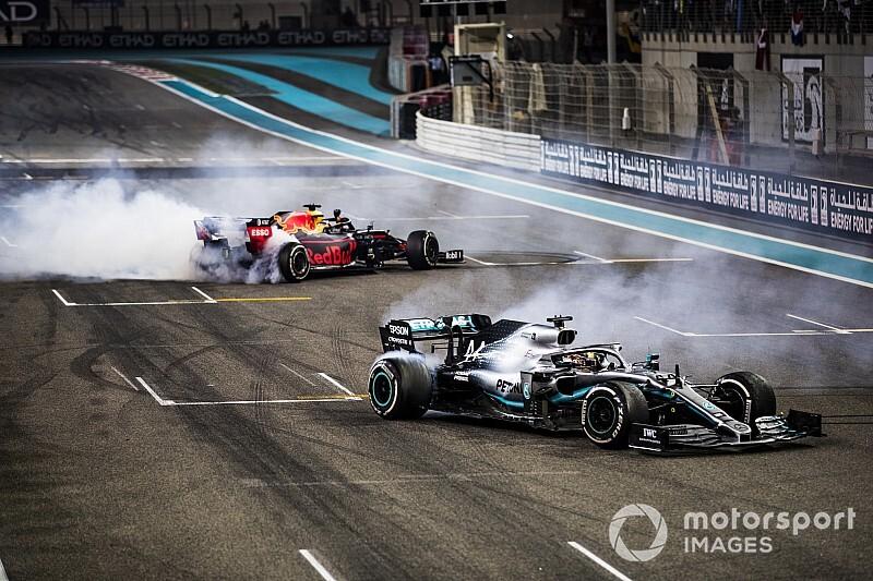 """Verstappen: """"Zestig procent van veld kan kampioen worden in Mercedes"""""""