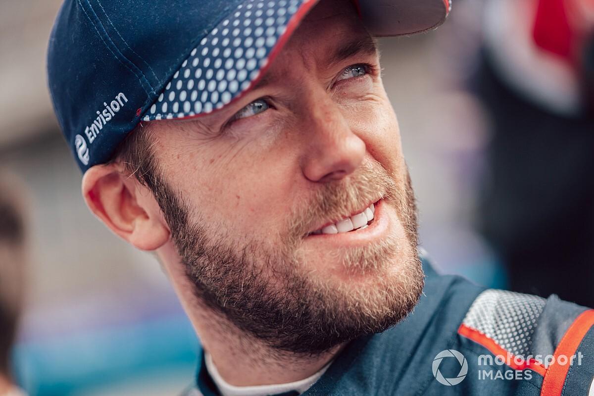 Sam Bird a Jaguarnál folytatja a Formula E-ben