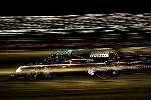 Mazda, Porsche, Lamborghini lead Roar night practice