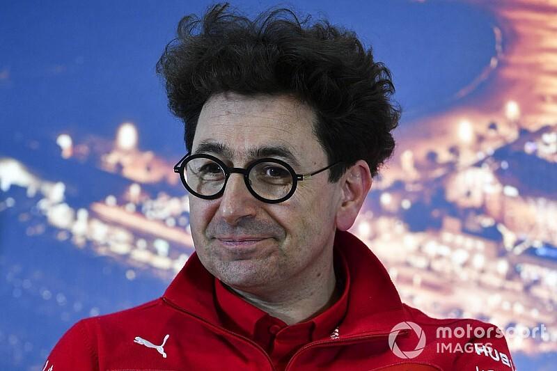Босс Ferrari назвал невозможной борьбу за победы на старте сезона