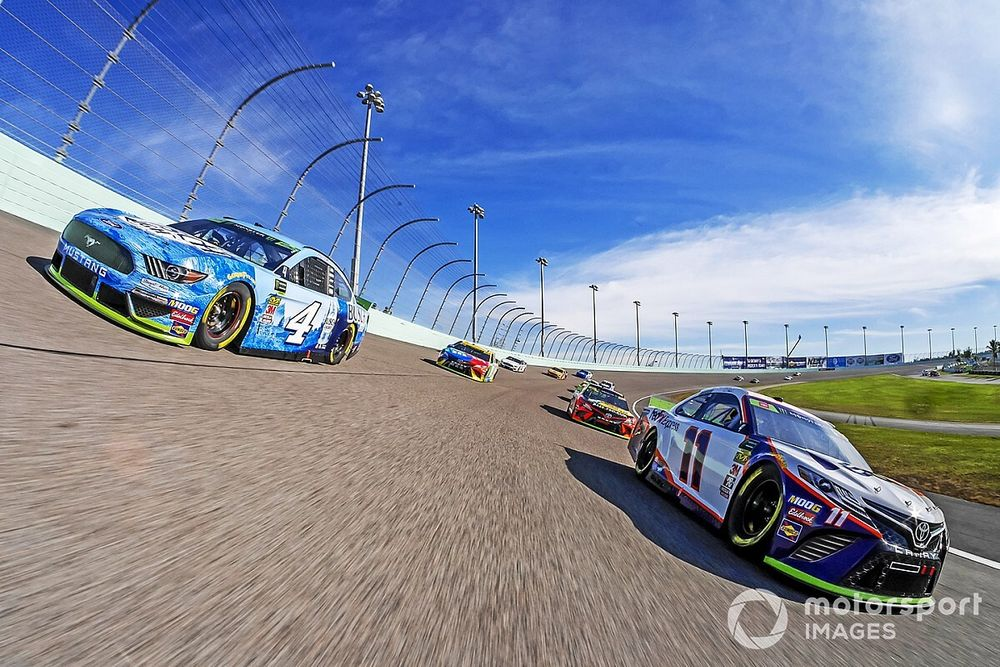 What time and channel is the Homestead NASCAR race today?