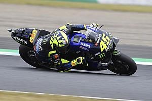 Nouvelle façon de freiner et retour aux pièces standard pour Rossi